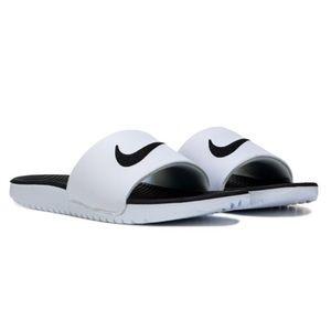 nike sandals grade school